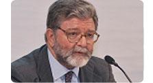 Conferencia de Alfredo Pérez de Armiñán