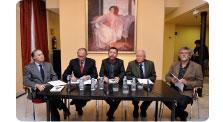 """Mesa redonda sobre la obra de teatro """"Transición"""""""